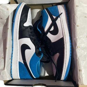 "Air Jordan 1 Low ""Lazer Blue"""